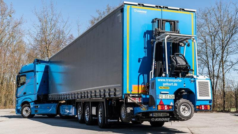 Lagerumzüge von Transport und Logistik Gelhart