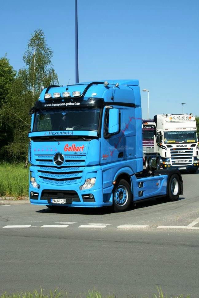 Lastwagenfahren Für Einen Guten Zweck